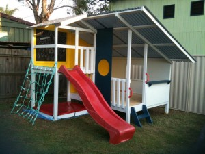Mega Triplex Cubby House with blackboard