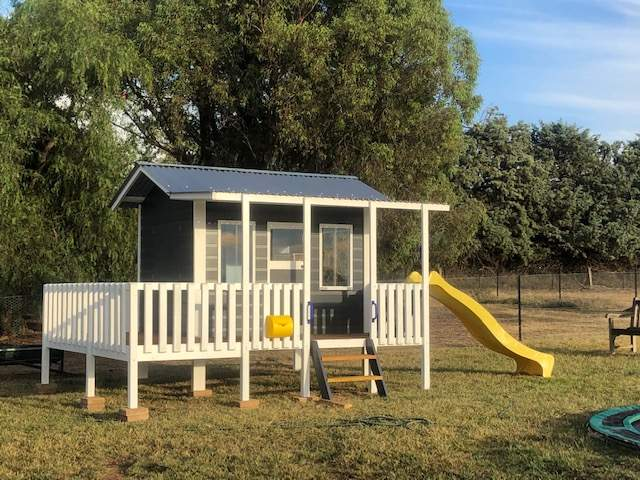 Classic cubby with additional Side Verandah and Slide